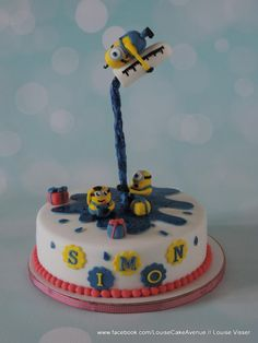 Gravity defying minion cake - Cake by Louise