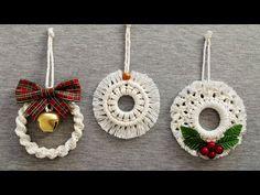 DIY ADORNOS de NAVIDAD en MACRAME (paso a paso) | DIY Macrame Christmas Ornaments - YouTube Christmas Gift Decorations, Diy Christmas Ornaments, Diy Christmas Gifts, Christmas Crafts, Macrame Design, Macrame Art, Macrame Projects, Macrame Wall Hanging Patterns, Macrame Patterns