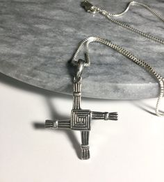 Jewel Tie Sterling Silver Laser Designed Cross Pendant 1.18 in x 0.67 in
