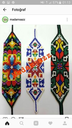 I want to make the one on the left! Bead Loom Patterns, Peyote Patterns, Beading Patterns, Mexican Pattern, Seed Bead Projects, Indian Beadwork, Native American Beading, Tapestry Crochet, Loom Beading