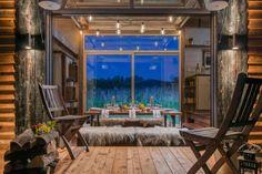 Pequena e com design multifuncional, esta cabana segue o conceito das tiny homes e é perfeita para as noites de verão