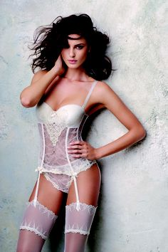 5e3aeb69f554f This is a strapless bustier set I will be wearing on my wedding day lt 3