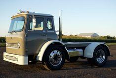 Super Single Wheels, Alcoa Wheels, Ipad Mount, International Harvester Truck, Air Ride, Classic Cars Online, Tail Light, Automatic Transmission
