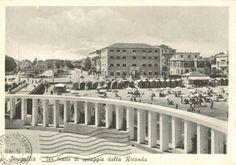 Visuale,dalla Rotonda a Mare, di un tratto della Spiaggia di velluto.....Senigallia. Riviera Adriatica. Marche. ( dal sito: quattrobaj.com )