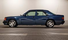 1993 Mercedes-Benz 500E W124, via Flickr.