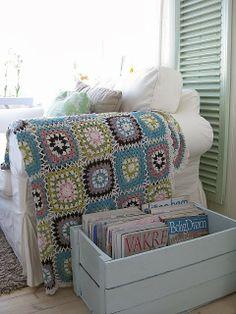 The DMC Blog: Simple Square Crochet Tutorial