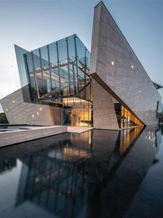Cantilever Architecture, Unique Architecture, Futuristic Architecture, Interior Architecture, Chinese Architecture, Architecture Building Design, Pavilion Architecture, Classical Architecture, Sustainable Architecture