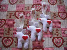Felt white reindeers