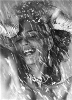 Greek actress Melina Mercouri, photo by Bert Stern, Vogue, December 1962 Bert Stern, Crazy Girls, Music Film, Style Icons, Greek, Gallery Wall, Vogue, Actresses, Black And White