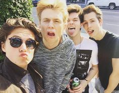See this is how I meet The Vamps. I seen the photo and thought oh there cute lets search up music of there's. Then I was screwed from here. So friends thank this photo for my assaction of them.