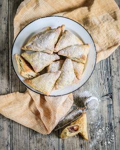 Omenataskut | Chocochili Vegan Treats, Vegan Foods, Non Alcoholic Drinks, Something Sweet, Dairy Free Recipes, No Bake Desserts, Let Them Eat Cake, Sweet Tooth, Recipies