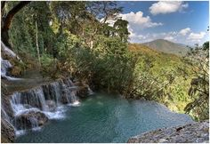 TatKuang Si Waterfall
