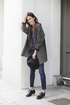 Part blazer, part coat, this sort of slouchy, lightweight jacket is great for fall layering.