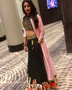 Absolutely loved working with this sweet girl Surbhi Anika from Ishqbaaz. She looked stunning in her TB outfit! Indian Gowns Dresses, Indian Outfits, Moda Indiana, Navratri Dress, Lehenga Designs, Party Wear Dresses, Indian Designer Wear, Indian Wear, Designer Dresses