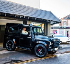 258 вподобань, 10 коментарів – Premier Sports Solutions (@premiersportsuk) в Instagram: «Another #car leaving the showroom today, this awesome #defender is off to @nufc player…»