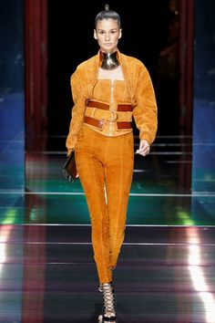 Sfilata Balmain Parigi - Collezioni Primavera Estate 2016 - Vogue