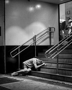 """A minha alucinação é suportar o dia-a-dia...""      #streetphoto #bnw #people #bw #blackandwhitephotography #monochrome #bnw_captures #bnw_society #bnw_life #streetart #streetlife #streetphotographers #streetphotographer #urbanandstreet #bw_lover #lensculture #everybodystreet #ig_street #urbanphotography #streetlife_award #rsa_streetview #blackandwhitephoto #citylife #bnw_planet #35mm #urbanart #monoart #blancoynegro #streetphoto_bw #belchior"