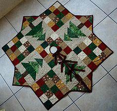 Faldn o tapete para rbol de navidad. (Facebook. decohilado@gmail.com) Tags: quilt quilting patchwork tapete faldn faldndenavidad tapetedenavidad bordadolibre