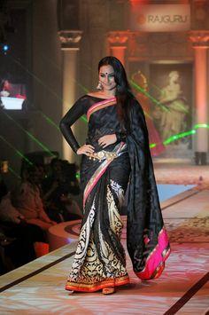 Sonakshi Sinha Latest Cute Black Saree Photos Gallery - Bollywood Stars