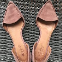710da824583d9 Madewell Shoes - Gently used pair of Madewell suede flats. Suede Flats