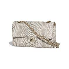 Classic Handbag Python, Braided Chain & Gold-Tone Metal Brown & White - view 1 - see full sized version Trendy Handbags, Classic Handbags, Fashion Handbags, Fashion Bags, Women's Fashion, Versace Handbags, Luxury Purses, Handbag Patterns, Brown Leather Handbags