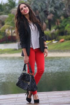 red Zara jeans - black Zara blazer - black Mimi Boutique bag