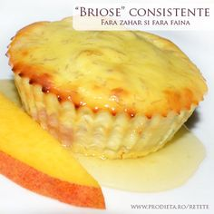 Briose consistente fara zahar si fara faina Gluten Free Deserts, Sugar Free Desserts, Baby Food Recipes, Sweet Recipes, Cake Recipes, Sin Gluten, Easy Sweets, Good Food, Yummy Food