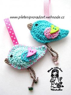 Crochet birds, what would I do with these? yet I want them.