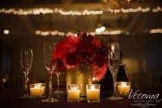 This romantic #centerpiece makes a perfect wedding #tablescape.