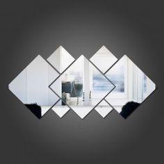 Espelho Decorativo Quadrados Personalizáveis Medidas- 2 Quadrados Pequenos de 11,4cm- 2 Quadrados Médios de 15,7cm- 2 Quadrados Grandes Cortados de 32,5cm- 1 Quadrado Grande de 32,5cm Deixe seu ambiente mais bonito com este espelho decorativo em acrílico.