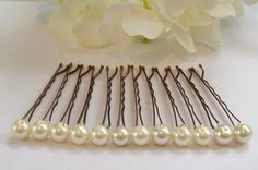 Super Easy DIY  Pearl Bobby Pins   Buy pearl/beads with hole n florist wire them to bobby pins!!!  Enjoy!