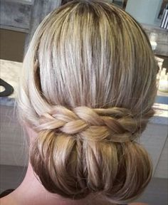 Come get your hair done @blowbunny4s  #braid #updo #conditioningtreatment #colorgloss #olaplex #b3 #keratintreatment #hairextensions #makeup #eyelashes #eyelashextensions #hair #hairstylist #hairstyles #blowdry #blowdrybar #hairsalon #salon #blowbunny #blowbunnysalon #blowbunnyblowdrybar #teambunny #4sranch #sandiego #california #nobadhairdays #sandiegoconnection #sdlocals #4sranchlocals - posted by Christianna Klaren https://www.instagram.com/hairbychristianna. See more post on 4s Ranch San…