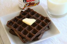 Nutella Waffles - I suppose these could be for breakfast, but I'm thinking dessert! Add some ice cream, hot fudge sauce and whipped cream and voila you have a very fun dessert! Beignets, Yummy Treats, Yummy Food, Tasty, Nutella Waffles, Nutella Breakfast, Breakfast Waffles, Pancakes, Fudge Sauce