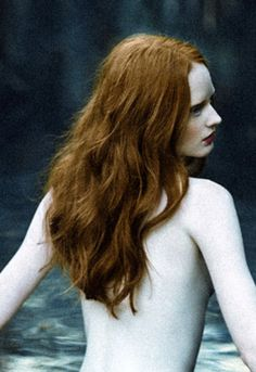 Alabaster skin and titian tresses #redhead #ginger