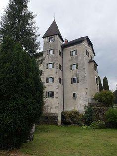 Gotisches Schloss sucht Schlossherr(n)in