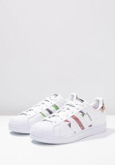 Sneakers adidas Originals SUPERSTAR - Sneakers laag - white/core black wit: € 89,95 Bij Zalando (op 13-3-16). Gratis bezorging & retournering, snelle levering en veilig betalen!