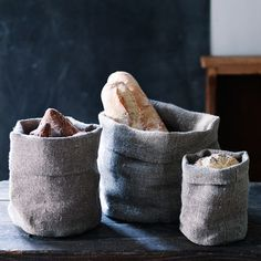 Bray Linen Bread Bag Sustainable Gifts, Sustainable Living, Bread Bags, Bread Baskets, Nuno, Produce Bags, Linen Bag, Textiles, Mortar And Pestle