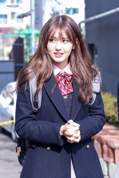 [under revision] Bighit Entertainment & YG Entertainment made a show collaboration. It features BLACKPINK & Bangtan Sonyeondan together with other labelmates. K Pop Idol, School Uniform Fashion, Pre Debut, Jeon Somi, Korean Celebrities, Korean Outfits, Ulzzang Girl, South Korean Girls, Girl Crushes