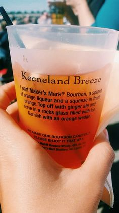Keeneland Breeze: Kentucky burbon cocktail at Keeneland in Lexington, KY. I went to the horseraces and got this drink from the bar. about 7 times. I'm excited to recreate this drink at home. Keeneland Breeze Recipe: 1 part Maker's Mark Burbon, a Splash Bourbon Recipes, Bourbon Cocktails, Cocktail Drinks, Cocktail Recipes, Party Drinks, Fun Drinks, Yummy Drinks, Alcoholic Drinks, Beverages