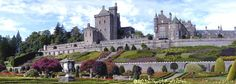 Drummond Castle in Scotland. Definitely a wedding destination Scotland Castles, Ancestry, Great Britain, Tours, Mansions, House Styles, Places, Image, Castle Gardens
