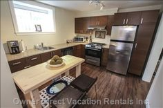Awesome kitchen in this suite walking distance to countless bars, restaurants and boutiques along Main street Vancouver Vacation, 2010 Winter Olympics, 2 Bedroom Suites, Natural Scenery, Awesome Kitchen, Main Street, Vacation Rentals, Boutiques, Boutique