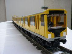 U_Bahn_Berlin_HK_7.sized.jpg (700×525)