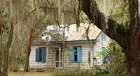 Daufuskie Island off Hilton Head, SC. Shutters are painted blue to keep evil haints away Haint Blue, Hilton Head Island, Haunted Places, Ghost Stories, Low Country, African American History, Black History, South Carolina, Savannah Chat