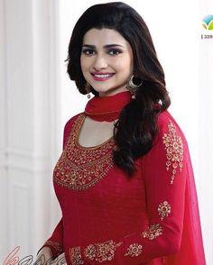 Pretty Prachi Desai Actress Anushka, Bollywood Actress, Salwar Suits, Punjabi Suits, Prachi Desai, Indian Tv Actress, Linen Suit, Girl Pictures, Girl Pics