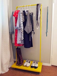 Heather of Hrrrthrrr has a great tutorial for putting together a rolling clothes rack. I love how she painted hers a bright yellow. It would be great for home use or for use at craft shows! [via po...