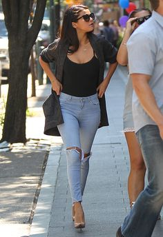 selena gomez ripped jeans & nude heels