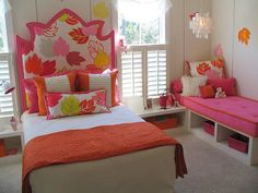 Girls Bedroom with side bench/bed option