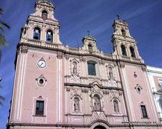 """#Huelva - Catedral de la Merced - 37º 15' 45"""" -6º 57' 9"""" / 37.262500, -6.952500  Data del siglo XVI y es un Templo de estilo colonial. Formó primero parte del convento de la Merced."""