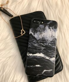 Accessorizing with the Black Marble Case for iPhone 7 & iPhone 7 Plus from Elemental Cases
