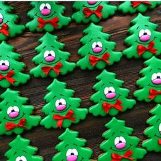 8936bc32214296d70d17ba49438339f2.jpg (720×720) (royal icing cookies recipe christmas trees)
